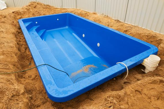Terrassement de piscine : combien ça coûte ?
