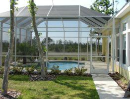 Véranda piscine: tout ce qu'il faut savoir avant d'en installer une