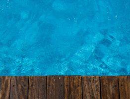 Quel est le budget à prévoir pour l'entretien des piscines en bois hors sol?