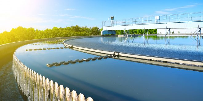Construction d'une piscine à débordement : les étapes à suivre